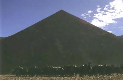 Pyramide au Tibet